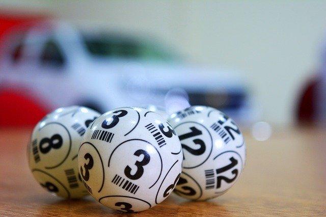 Oração Para Ganhar Dinheiro na Loteria Hoje