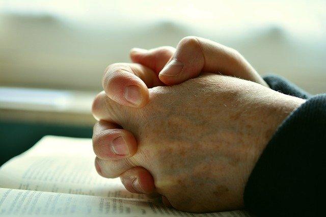 Photo of Oração de São Patrício Contra Inveja e Malefícios