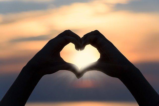 Oração para pessoa amada se declarar
